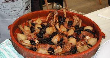 cuixes de pao amb peres i prunes